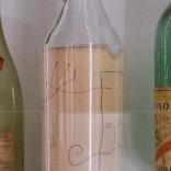 Botella de Cela asinada por Miró