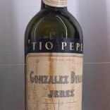 Botella de Cela asinada por Henry Miller